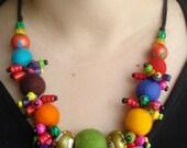 Colorful Wooden va Felt Balls Necklace