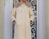 Amazing Vintage Coat with Fur Collar