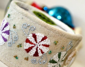 Holiday Textile Cuff Bracelet Accessories Fabric Snow Candy Wrist Hand Embroidery