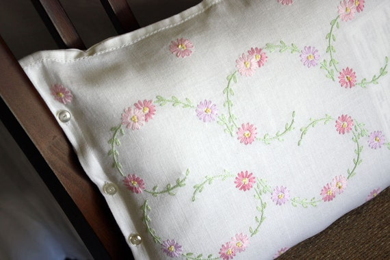 Items similar to Pink Shabby Chic Daisies Pillow Hand embroidered Vintage Linen on Etsy
