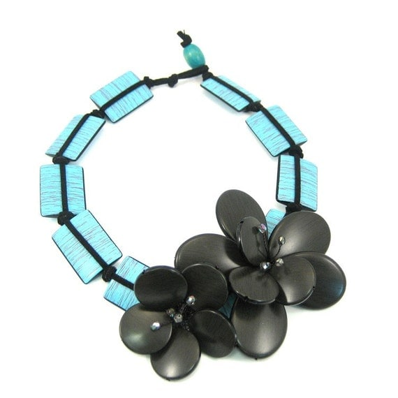 Blue Turquoise Color Wood Looking Acrylic Beads, Black Beaded Flower, 19 inches Necklace