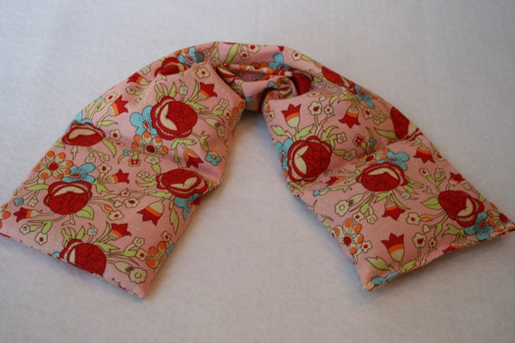 Heat Pack or Cold Therapy Wrap/ Neck Shoulder/ Flax Seed,Mint, Lavender              Sweet Roses