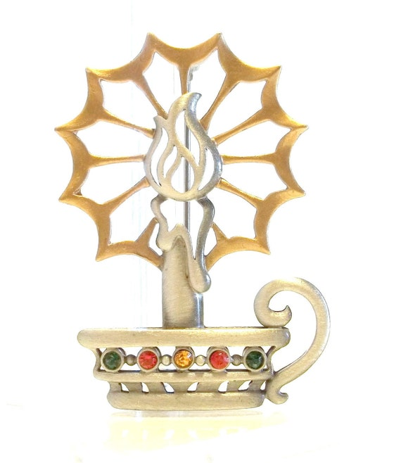 Candle pin JJ Christmas brooch NOS Reg 18.00