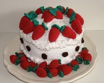Instant Download - PDF Crochet Pattern - Strawberry Cake (Available in English and Swedish)