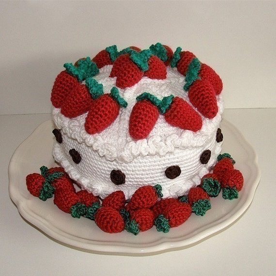 Cake Knitting Pattern Free Download : PDF Crochet Pattern Strawberry Cake Available in by tildafilur