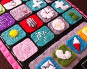 Handmade felt iPhone/iTouch case--carnation