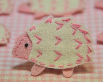 Set of 6pcs handmade felt hedgehog--ivory/pink frost (FT817)