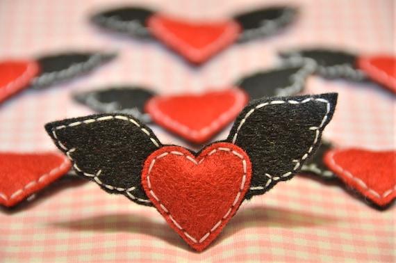 Set of 6pcs handmade felt heart with wings--black/devil red (FT651)