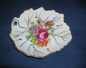 Small Vintage Leaf Shaped Plate