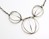 Three wire circle necklace