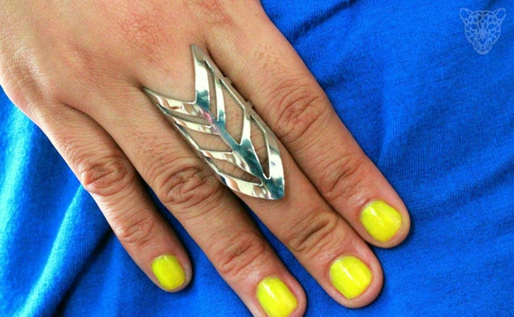 ARROW SHIELD RING (free shipping)