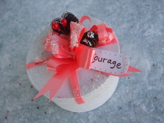 Gift Box Courage White Coral Simple Gifts from the Dream Forest