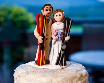 skiers wedding cake topper,  Custom wedding cake topper, Bride and groom cake topper, personalized cake topper, Mr and Mrs cake topper
