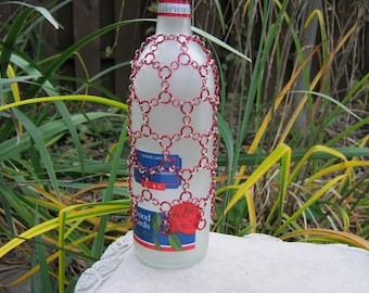 Chainmaille Red and White Oriental 3-1 Web Bottle Skirt Cover