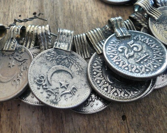 Middle Eastern Coin Pendant - 17mm, 1 pendant