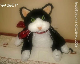 Primitive Tuxedo CAT DOLL 8 inch Cat PATTERN, Gadget by Raggedydays #108 New