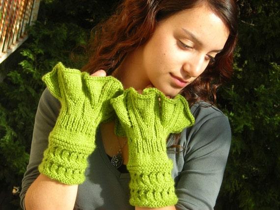Victorian Cuffs, hand knitted green ruffled romance, arm warmer wrist cozy, gauntlets, soft warm yarn, handknit organic, forest nature color fingerless mittens wristwarmers