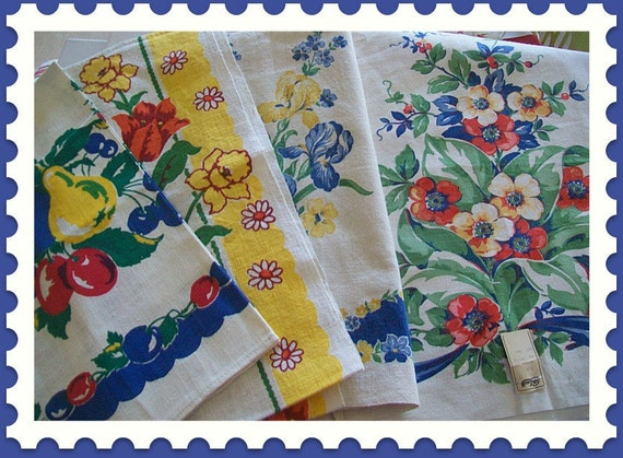 Bold Colorful Vintage Floral Kitchen Towels - Lot of Four - One MWT - Four Beauties for your Collection