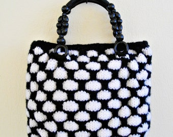 PDF pattern - Large black and white bag knitted and felted with tangerine crochet flower