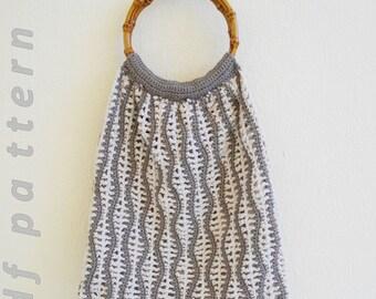 Wavy stripes crochet tote PDF pattern