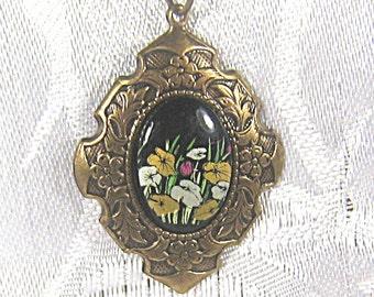 Vintage Style Necklace With Floral Cabochon / Etched Brass Necklace / Pendant Necklace / Black Cabochon / Art Nouveau Flowers / Black