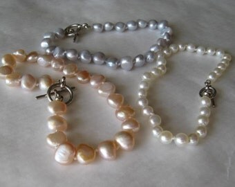 Hand Knotted Pearl Bracelet