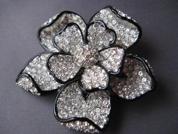 Vintage Kenneth Jay Lane Rhinestone Flower Brooch