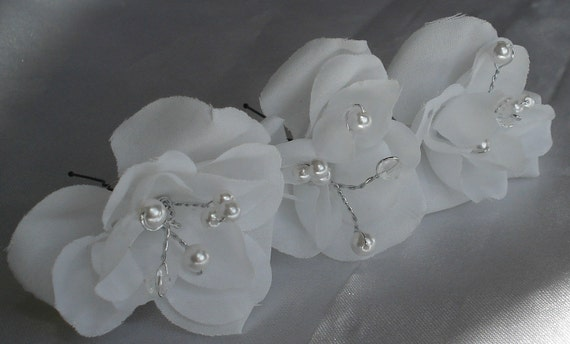 Bridal Hairpins Wedding White Rose Hairpins with Crystal Pearl Centers (set of 3)