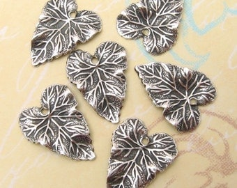 Leaf Charm, Antiqued Silver, Trinity Brass, 6 Pieces, AS66