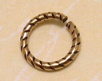 Etched Jump Ring, 9 MM, Antique Gold, Trinity Brass, 6 Pieces, AG154