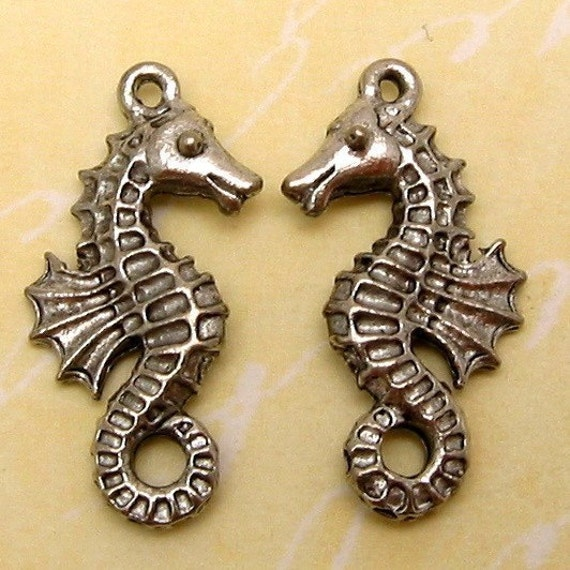 Seahorse Charm, Silver Antique Pewter, 2 Pc. AP42