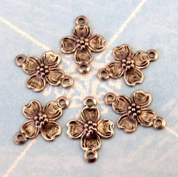 Tiny Dogwood Connector, Antique Pewter 6 Pc. K58