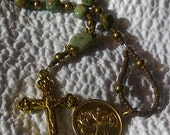 St Anthony New York Shrine Church Medal stamped Italy on a Turquoise and Grossularite Green Garnet Pocket Rosary