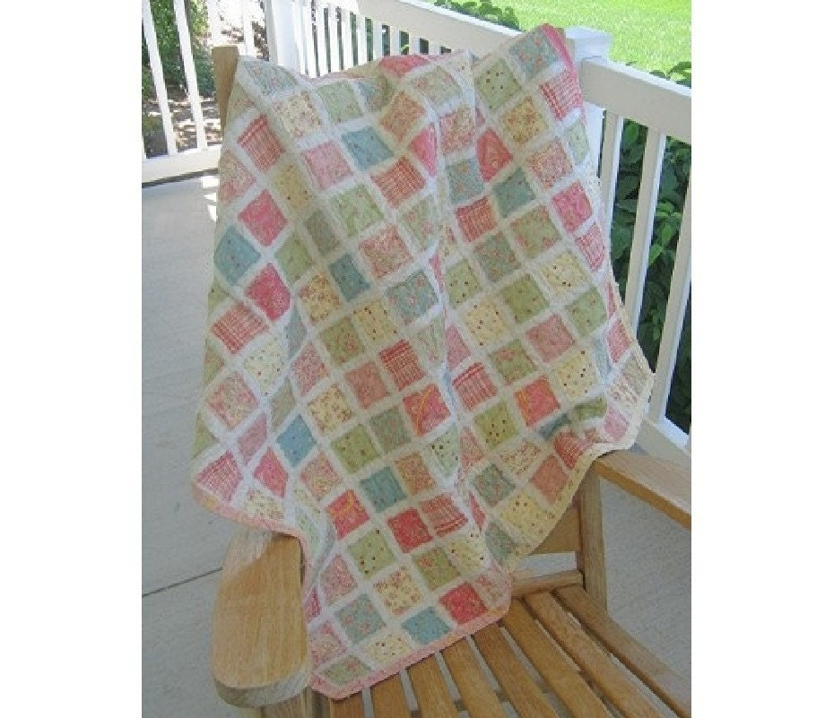 Vintage Baby Quilt Patterns Free : Vintage Baby Quilt PATTERN 40 by 40 inches by quilttaffy on Etsy