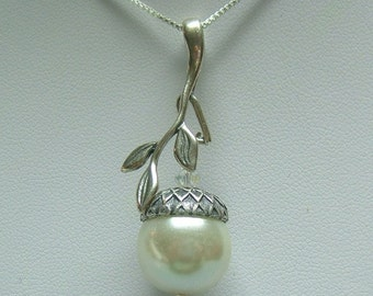 Woodland Acorn Necklace, Sterling Silver, Swarovski Crystal Pearl, Chic, Autumn, Bridesmaid, Bridal, Mothers day Gift