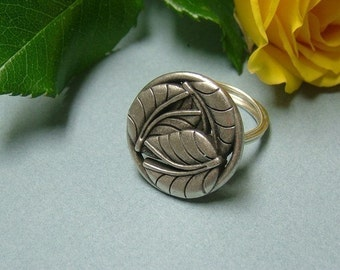 Antique Silver Tropical Leaves Vintage Inspired Metal Ring, Metal Button, Botanical, Chic, Woodland Jewelry, Nature Lovers Gift