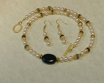 Swarovski Pearl Necklace and Earring Set