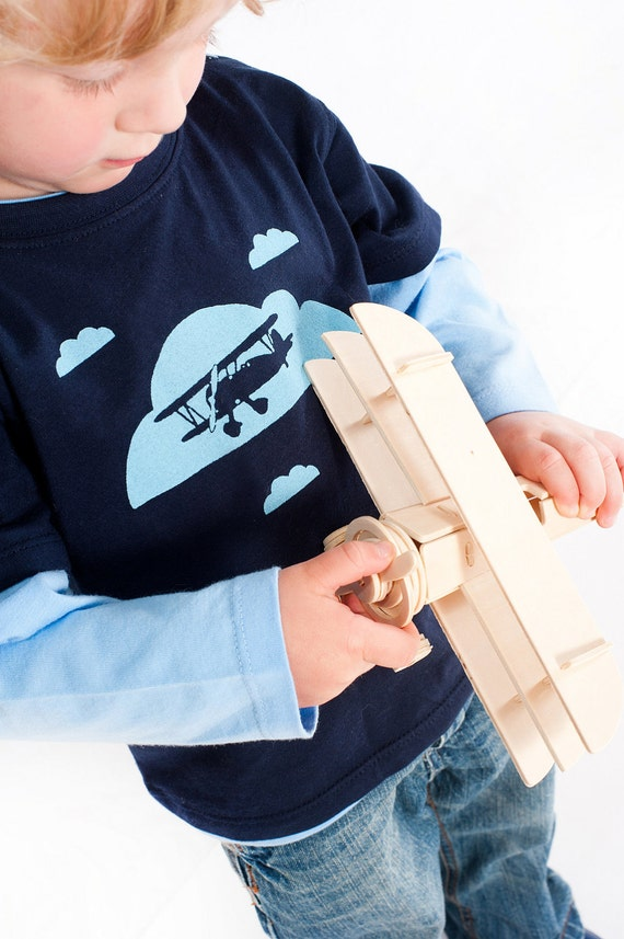 """Size 3-4yrs  2 Toned Boys Long Sleeve Top- """"Flying High"""""""