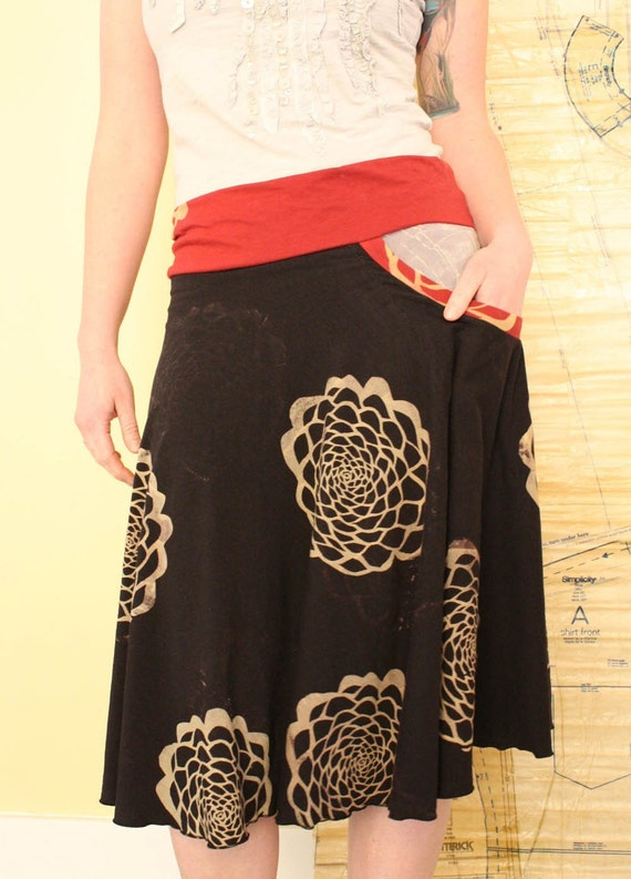New Pocketed Skirt in black organic bamboo soy jersey size Large
