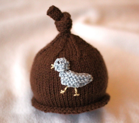 Baby girl or boy knit hat with bird applique. by SarahLamont
