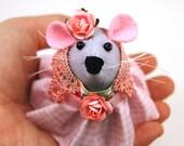 Hippy Mouse - hippie boho bohemian collectable art rat artists mice felt mouse cute soft sculpture toy stuffed plush doll ornament