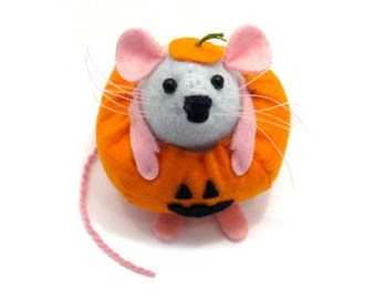 Artisan Pumpkin Mouse Ornament felt rat hamster scary cute adorable gift or halloween decoration Gourdon the Mouse Dressed as a Pumpkin