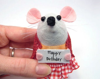 Happy Birthday - mouse ornament with message sign cute gift for birthday gift ornament - Greeta the messenger Mouse - mto