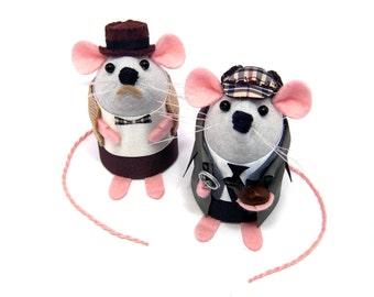 Sherlock Holmes and Doctor Watson Mice Artisan Mouse ornaments felt rat gift for husband wife hamster mice cute Arthur Conan Doyle fan