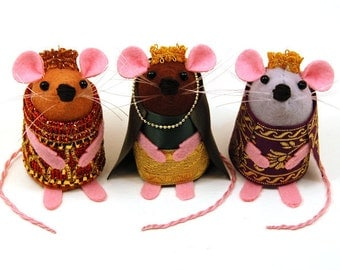 3 Kings Mice - Nativity Set three wise rats collectable art rat artists mice felt mouse cute soft sculpture toy stuffed plush doll ornaments