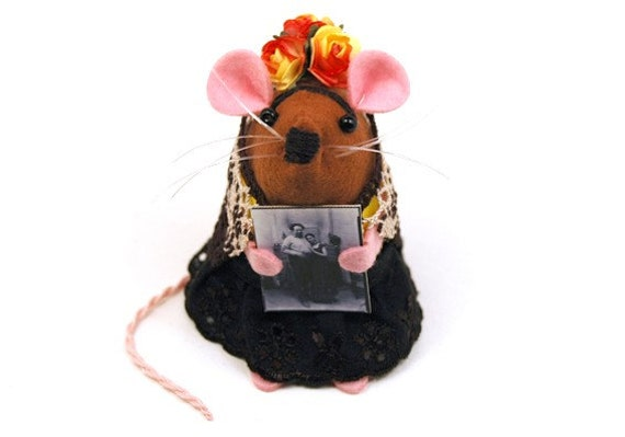 FREE SHIPPING ETSY Frida Kahlo Mouse ornament felt rat hamster mice cute gift for animal lover or collector by TheHouseofMouse