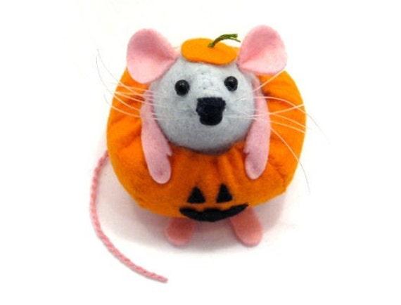 Pumpkin Mouse Ornament felt rat hamster scary cute adorable gift for wife girlfriend sister mom mum women halloween decoration Gourdon