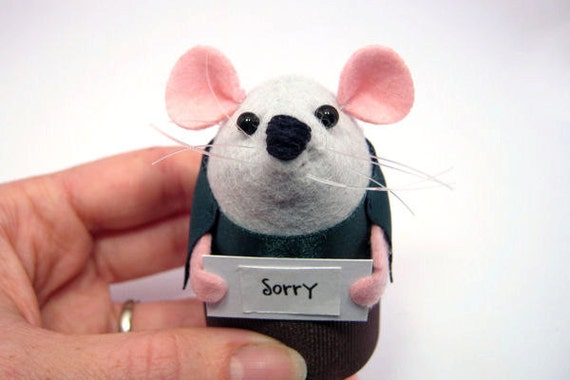 Sorry - Custom mouse ornament with message cute gift to say I'm sorry apologise husband wife boyfriend girlfriend sign - Parker