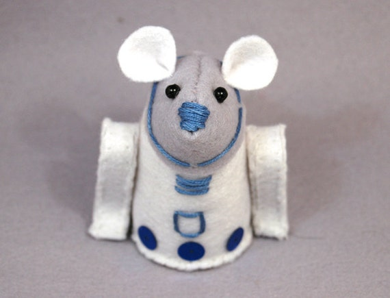 RESERVED Star Wars R2D2 Mouse ornament felt hamster rat mice gift Star Wars Geek  - Ready to ship
