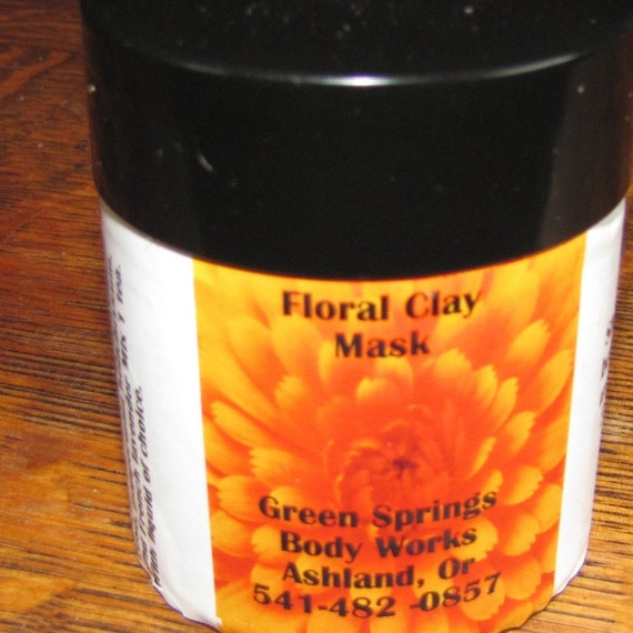 2 in 1 Natural Scrub and Floral Mask 3 oz